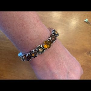 AVON Mix and Stack Beaded Stretch Bracelet TOPAZ!!